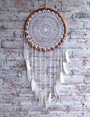 ručně vyrobený lapač snů bílý v bambusovém kruhu 100cm