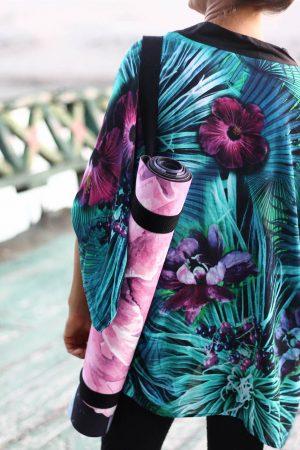 Tyrkysové kimono Rainforest s bordó a fialovými květy