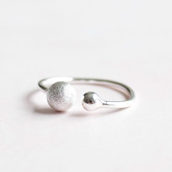 Designový ručně vyrobený prsten Double Love