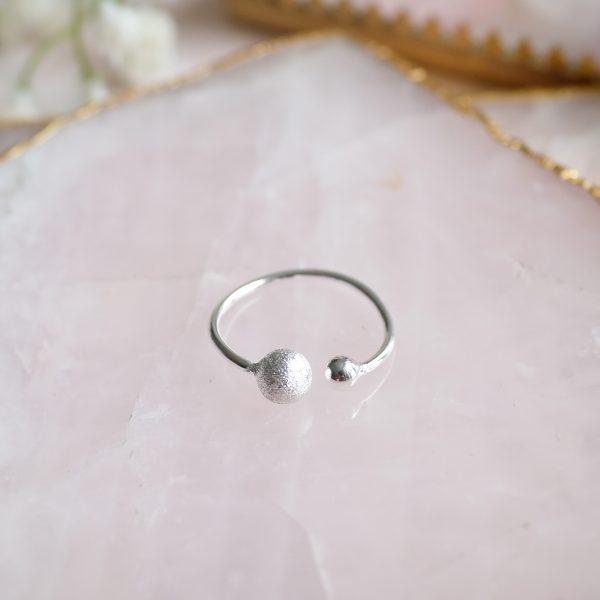Stříbrný prsten Double Love z limitované kolekce stříbrných šperků z Bali