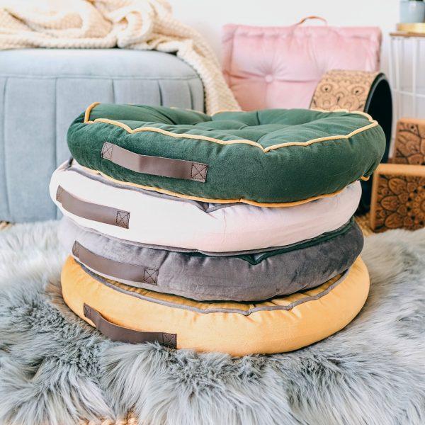 kulaté meditační polštáře z extra jemného a hebkého materiálu