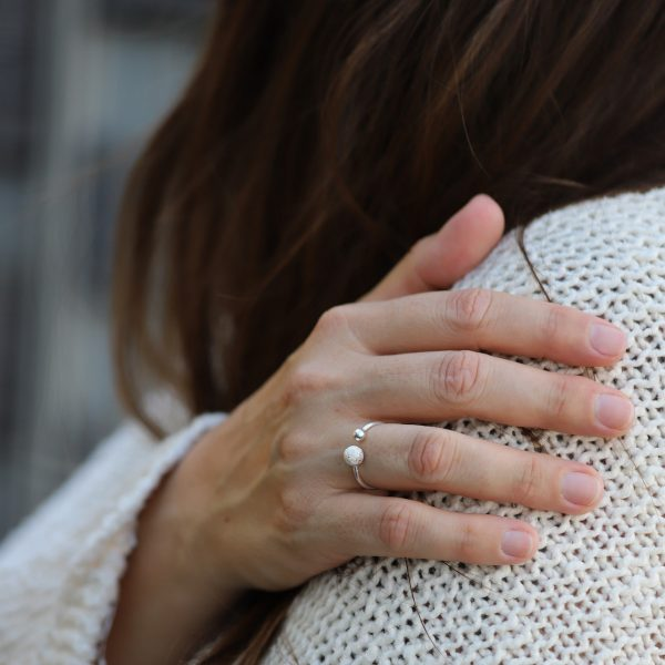 Stříbrný prsten Double Love ručně zpracovaný zlatnickou rodinou na Bali