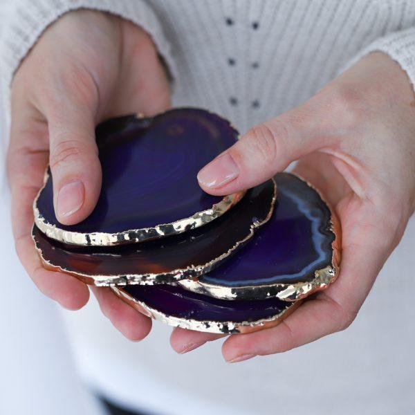 stylový podtácek z minerálního kamene Achátu fialového