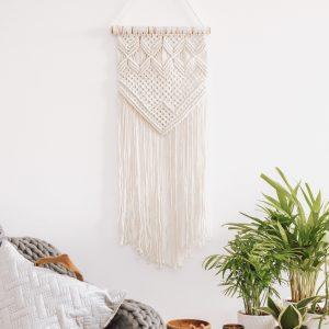 závěsná dekorace Be You na zeď vyrobená z tlustého bavlněného lana