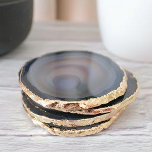 mineralni-podtacek-Achat-zlaty-okraj