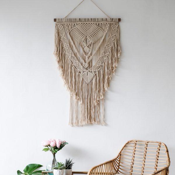 rucne-vyrobena-macrame-dekorace-z-bavlneneho-lana