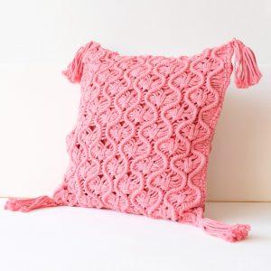 polstar-macrame-dekorace-ruzova-barva